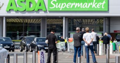 Asda to Give 7000 Laptops