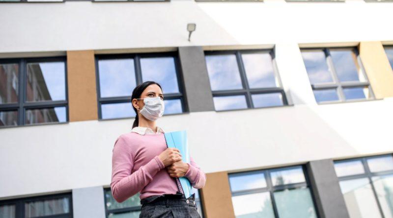 Plan Demanded on Schools Reopening