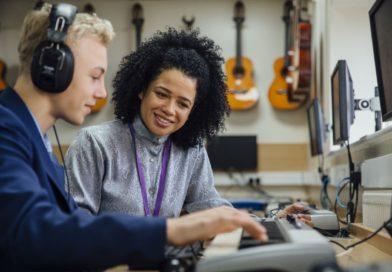 Budget Cuts to UK arts education lead to uproar