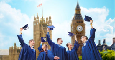 East Sussex graduate becomes UK's oldest new graduate