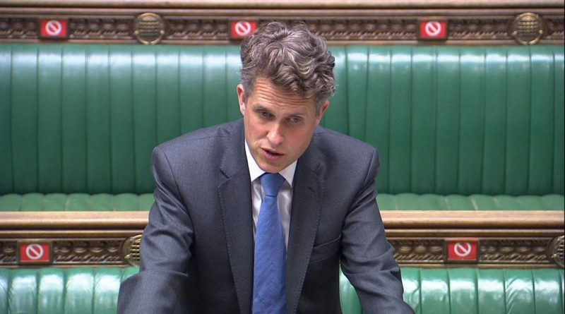 gavin-williamson-ends-bubble-system-and-confirms-return-to-in-person-teaching-at-universities.